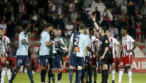 4120e357e00683edfd1a2e2393374544-ligue-2-playoffs-ajaccio-le-havre-des-decisions-qui-posent-question